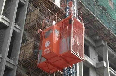 Temporary Man and Material Hoist in Mumbai - Call 9870270602